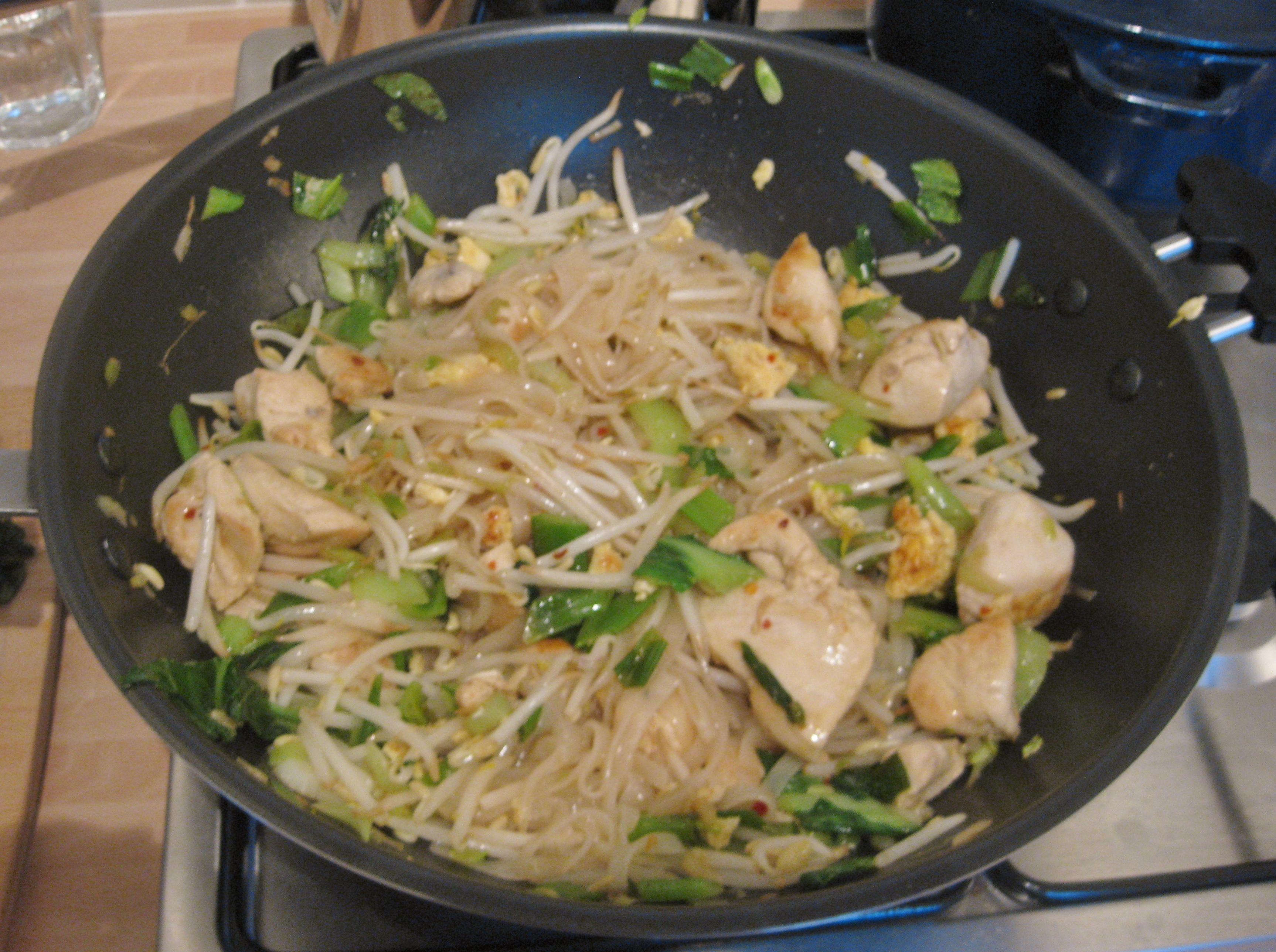 Pad thai the proof of the pudding homemade chicken pad thai forumfinder Choice Image
