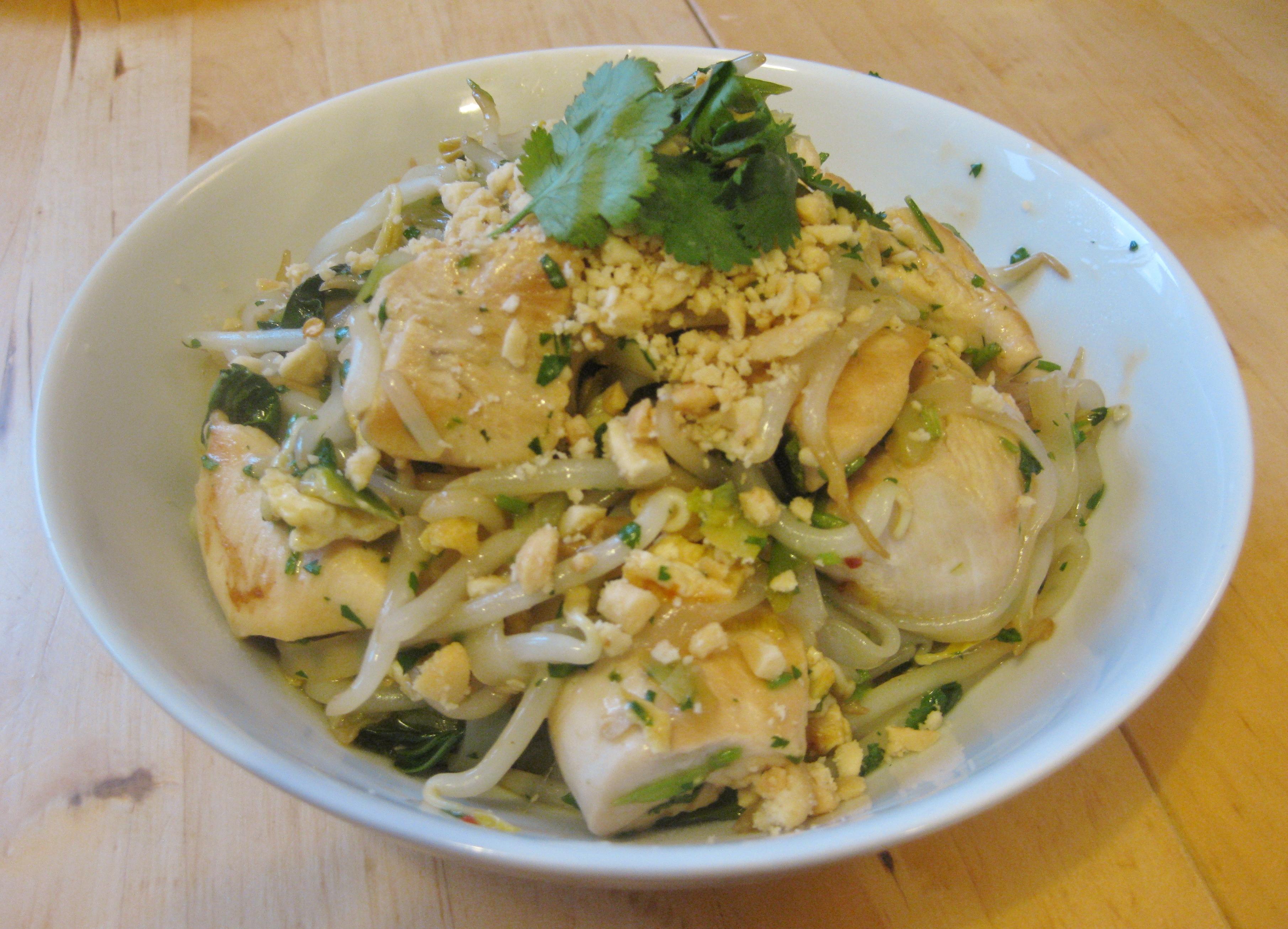 how to make homemade chicken pad thai