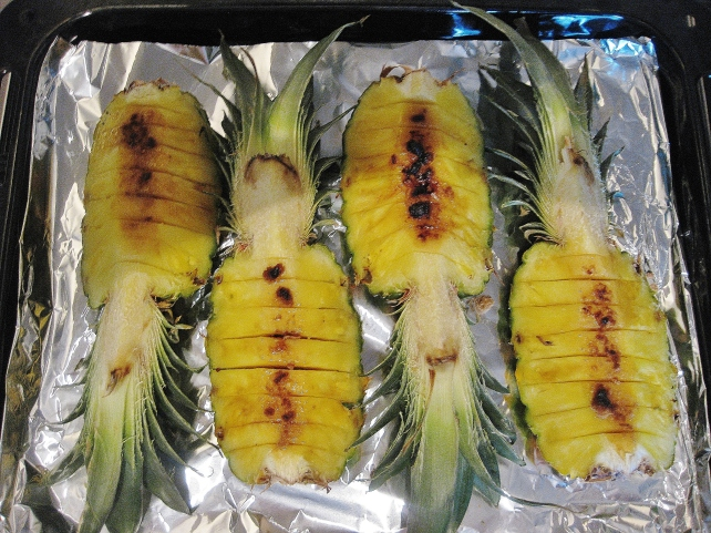 Grilled pineapple with rum and brown sugar