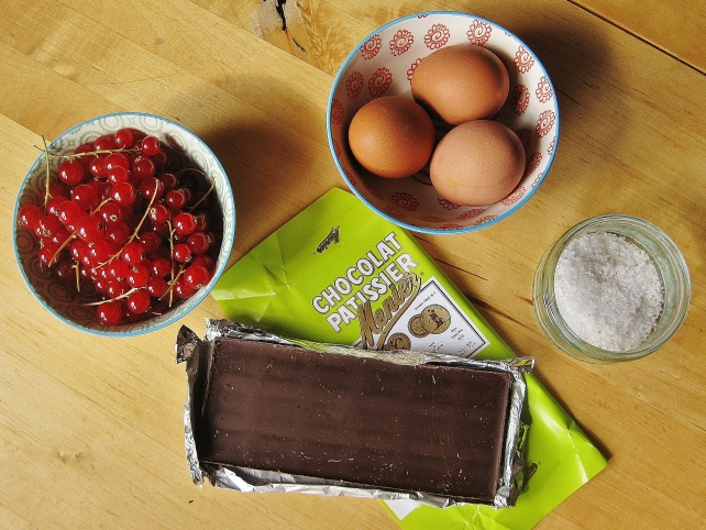 Ingredients for homemade dark chocolate mousse
