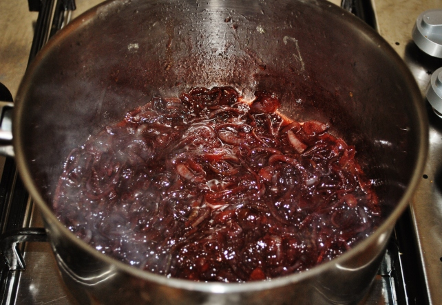 Adding balsamic vinegar and red wine to the gravy