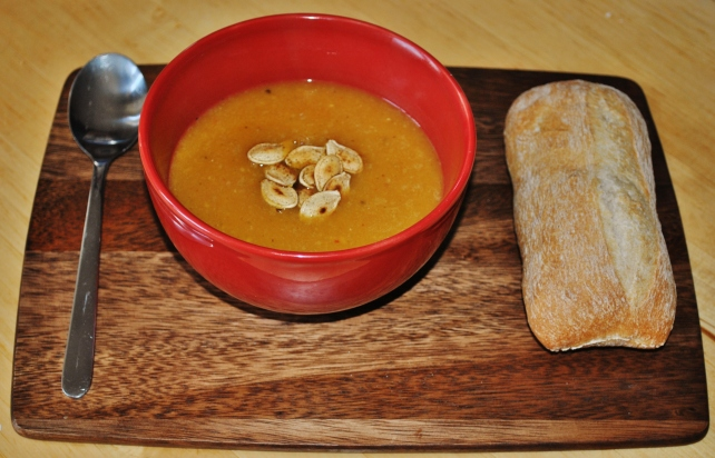 Lightly spiced pumpkin soup with toasted pumpkin seeds