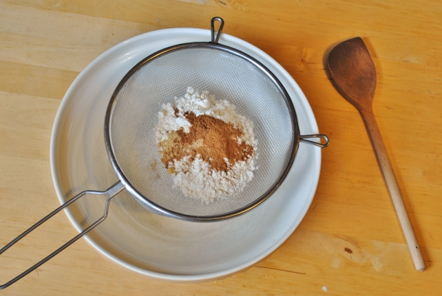 Flour, spices and salt for sifting