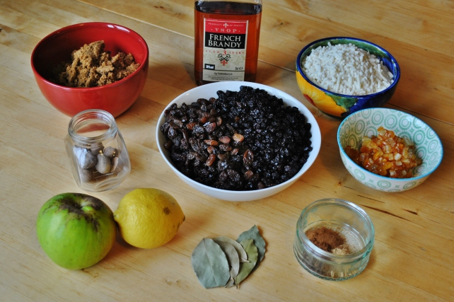 Ingredients for traditional Christmas mincemeat