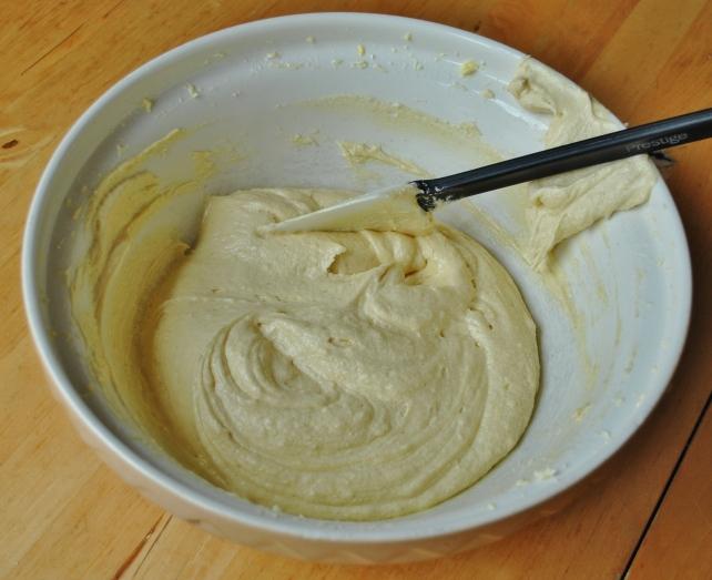 Victoria sponge cake batter