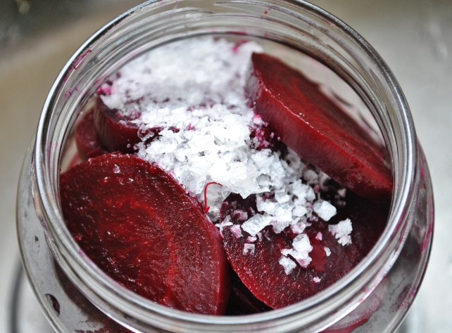 Adding a teaspoon of course sea salt to the sliced beetroot