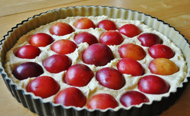 Arranging the plums in the pastry case 2